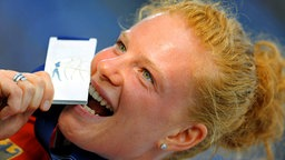 Betty Heidler bei der Leichtathletik-WM in Berlin 2009 © picture-alliance/ dpa Foto: Hannibal