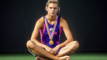 Katrin Krabbe 1991 mit ihrer WM-Goldmedaille